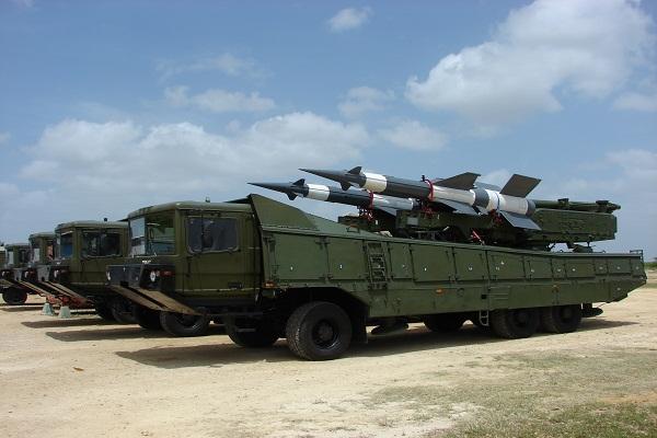 Estos misiles son la patria nueva...