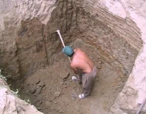 """""""We're in a hole, compatriotas, so keep digging!"""""""