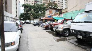 Estacionamientos-expropiados-Caracas-Henry-Delgado_NACIMA20120928_0127_6