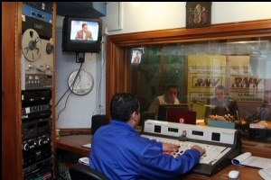 "Welcome to Venezuelan State Radio, now with programming free of ""loyal criticism""."
