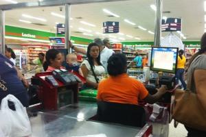 cajera supermercados