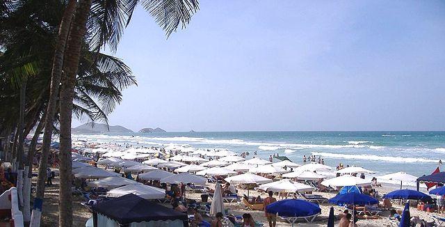 640px-Playa_El_Agua