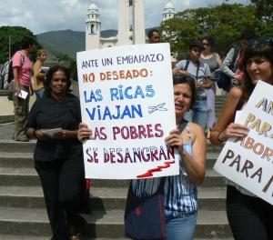 marcha-por-la-despenalizacion-del-aborto-venezuela-25-11-2009-caracas-2