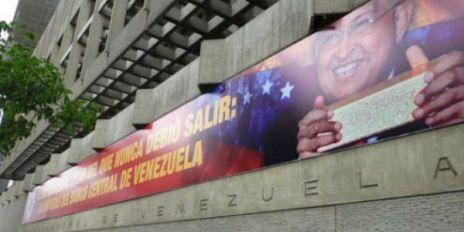Pancarta-Chavez-BCV