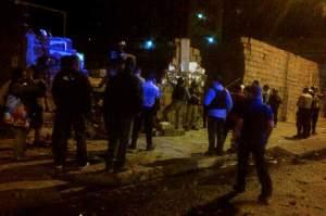 Fuerte-balacera-entre-colectivos-GNB-y-PNB-en-la-Av-San-Martin-Caracas-800x533