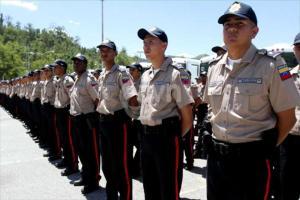 policiaas_2004